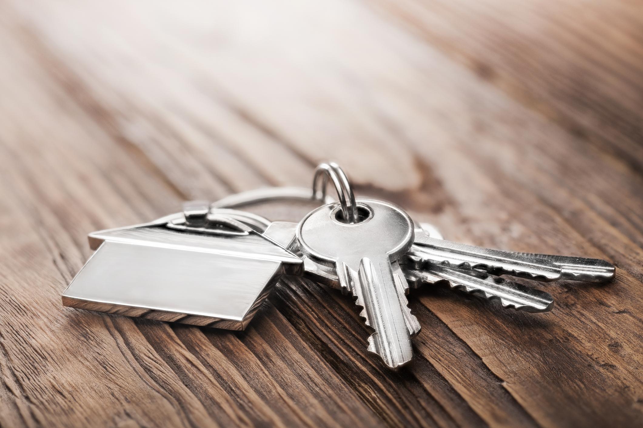 Comment sécuriser la maison avant le départ en vacances?